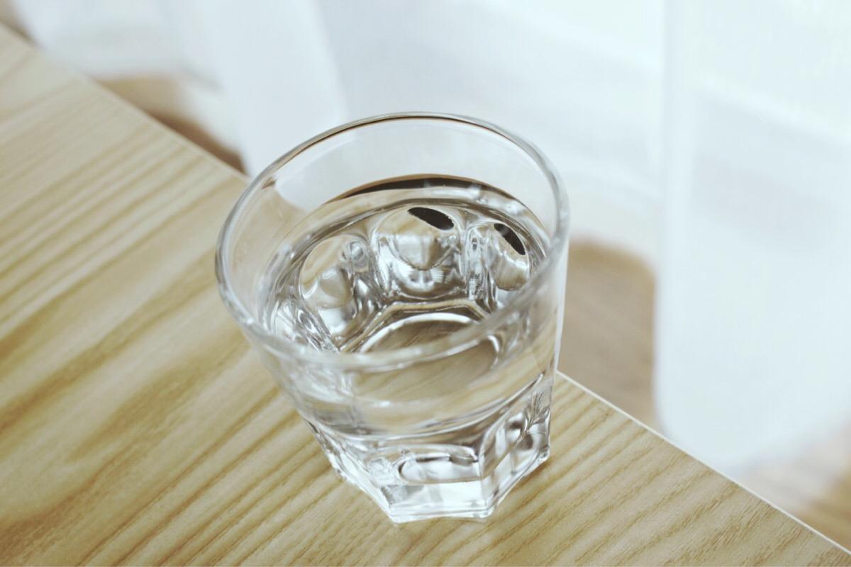 4.  口腔护理指南:嘴唇保湿
