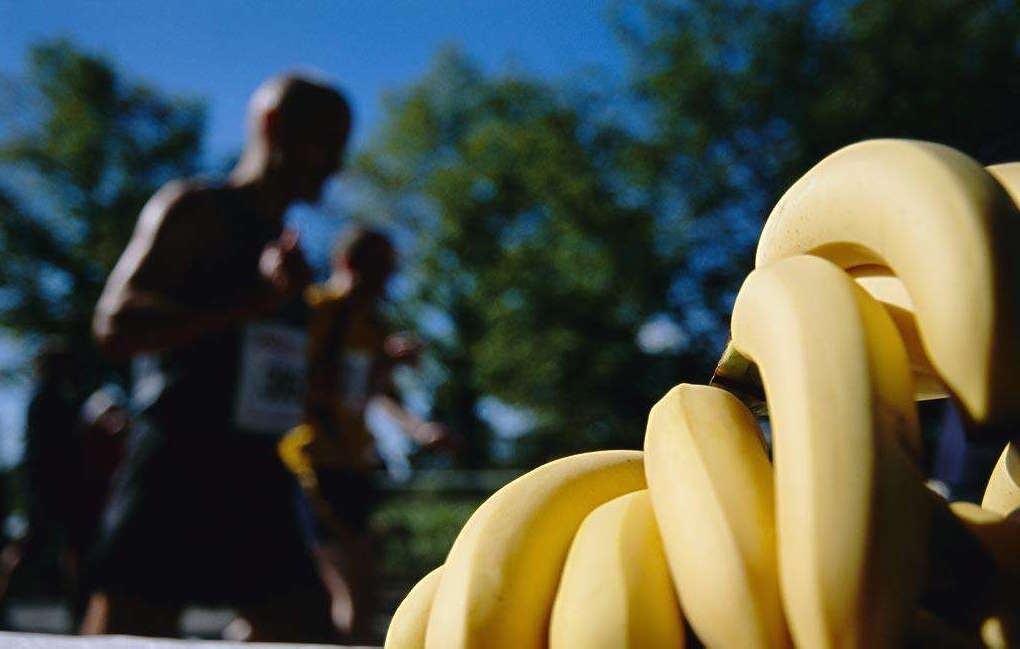 给跑步者的饮食建议(2):吃完后多久跑步?